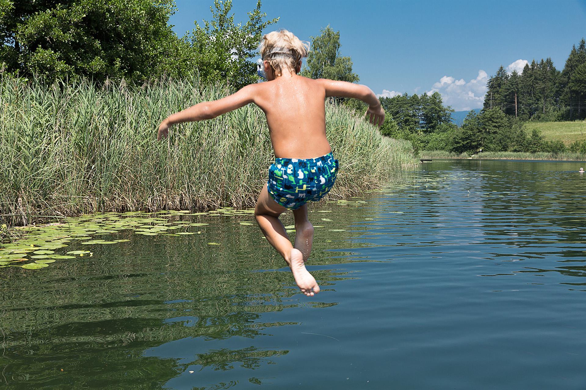 Naturjuwel Aichwaldsee. Ein schwimmbares Erlebnis im Naturel Urlaub.