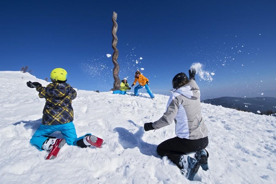 Mit dem kostenlosen Skibus zur Gerlitzen Alpe