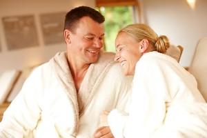 Kuschelzeit im Wellnessbereich, Naturel Hotels