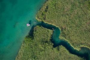Kanufahrt aus Vogelperspektive, Faaker See
