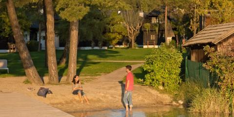 Waten im Faaker See, Hoteldorf Seeleitn