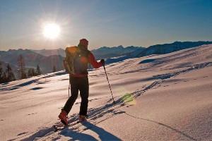 Skitour bei Sonnenuntergang in Kärnten