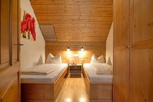 Schlafzimmer mit Einzelbetten, Naturel Hotels