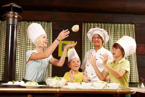 Kochen in BIBIS Kinderwelt, Naturel Hotels