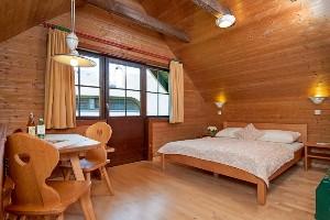 Doppelbett im Naturel Hotel