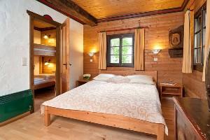 Doppelzimmer mit angrenzendem EZ, Hoteldorf Kärnten